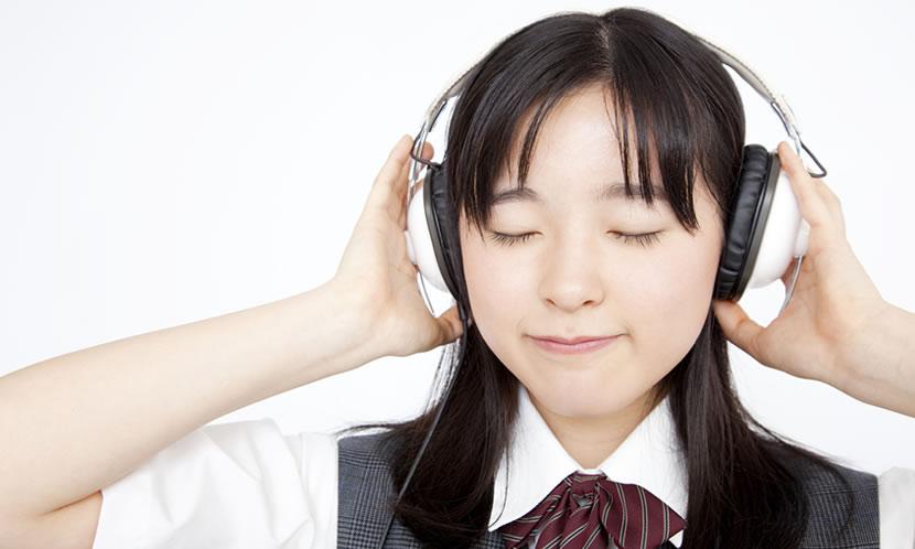 勉強で音楽やBGMは必要?メリットやデメリットを聴き方を紹介