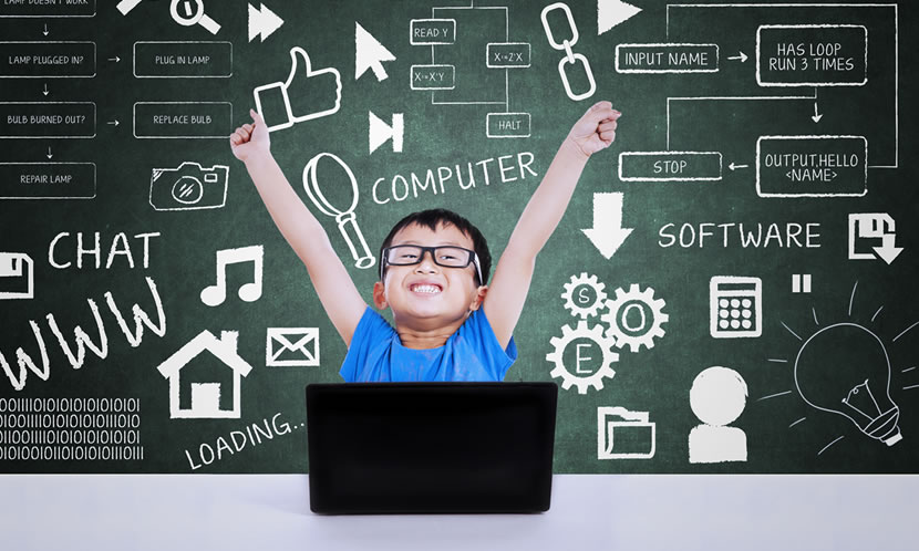 プログラミングを学ぶことは将来にも役立つと考えられている