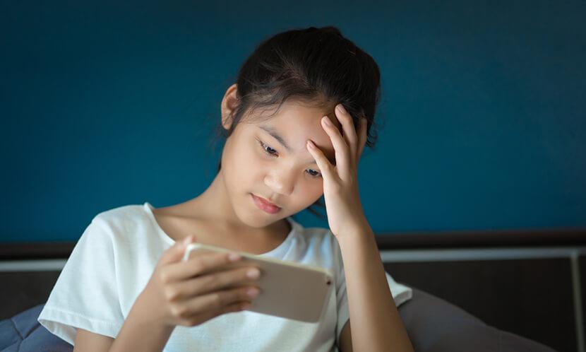 就寝時間が遅くなる原因は TV、スマートフォン、インターネット、ゲームの影響が大きい
